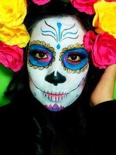 Maquillaje La, Maquillaje Catrinas, Maquillaje Halloween, Beauty Maquillajes, Calaveras Y Diablitos, Hola Chicas, La Catrina, Adornarlo, Vistoso