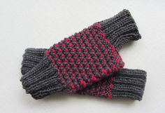 FREE SHIPPINGKnit Fingerless Gloves in Grey and by Need4KnitShop