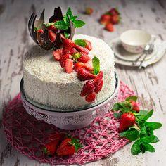Kokosnusstorterezepte Cake & Co, Panna Cotta, Goodies, Strawberry, Food And Drink, Pudding, Cupcakes, Drinks, Ethnic Recipes