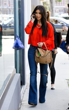 cute casual outfit- love the wide leg jeans w tucked in blouse
