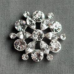 10 Rhinestone Buttons Round Circle 24mm Diamante Crystal Hair Flower Comb Wedding Invitation Scrapbooking Ring Pillow BT022