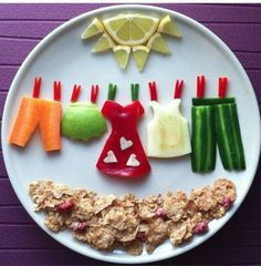 Hanging clothes made with fruits and cereal food art in 2019 еда, забавная Cute Snacks, Cute Food, Good Food, Funny Food, Cereal Recipes, Baby Food Recipes, Cereal Food, Creative Food Art, Food Art For Kids