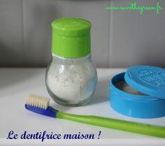 Dentifrice maison : deux recettes faciles et économiques ! Vous pouvez remplacer l'Huile Essentielle de Menthe Poivrée par de l'Huile Essentielle de Citron ! www.lessentielfacile.com