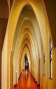 Colegio de las Teresianas, Barcelona - Gaudí
