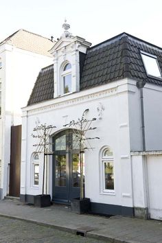 KARWEI | Jeroen en Inge hebben het koetshuis in Arnhem een facelift gegeven #binnenkijker #ideevankarwei #karwei
