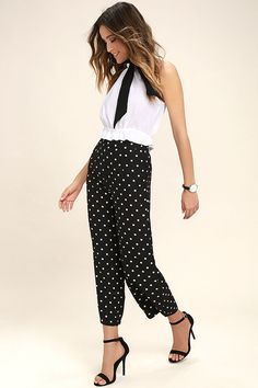 Stay comfy and cutting edge in the Hollaback Black and White Polka Dot Culottes! A high waist tops these chic, woven culottes in a fun black and white polka dot print. Side seam pockets. Hidden back zipper/clasp.