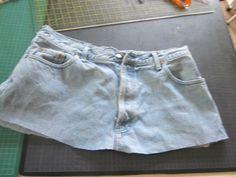 Comme promis.... Tuto de transformation d'un vieux jean en superbe sac !
