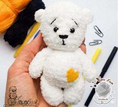 Chart móc gấu trắng Valentine dễ thương Crochet Teddy, Crochet Bear, Crochet Animals, Crochet Dolls, Crochet Amigurumi Free Patterns, Amigurumi Tutorial, Amigurumi Doll, Stuffed Toys Patterns, Crochet Projects