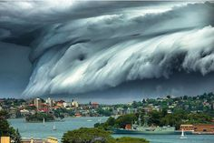Image de la tempête qui a frappé Sydney ce vendredi.