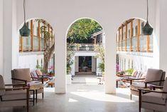 Fort Bazaar Galle lobby, luxury Sri Lanka guide