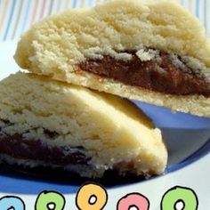 NUTELLA-Filled Shortbread Cookies. Consider these as good as made :)