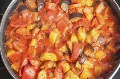 Ratatouille: Stew Weather And This French Classic Knocks It Out Of The Park! Crockpot Recipes, Soup Recipes, Vegetarian Recipes, Dinner Recipes, Cooking Recipes, Healthy Recipes, Ratatouille Recipe Crockpot, What's Cooking, Vegetarian
