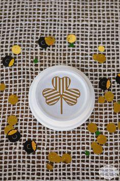 St. Patrick's Day Striped Clover mini plate #stpatricksday #clovers