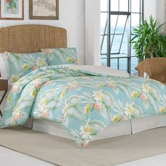 #TommyBahama Beachcomber Citrus Comforter Set. #Bed #beddingstyle #bedroom #tropical