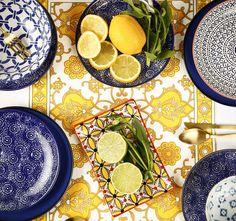 Vajilla en tonos azules Plates, Tableware, Painting, Home Decor, Dinnerware, Blue Nails, Licence Plates, Dishes, Decoration Home