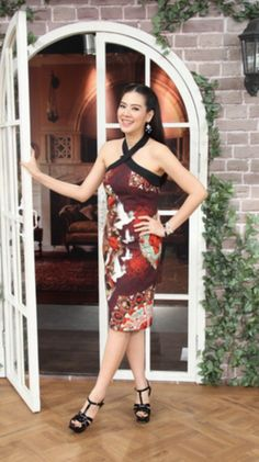 Special Thanks to คุณเอ๋ พรทิพย์ looking marvellous in Athitthan's Rococo Red Dress