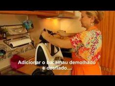 Bacalhau com Natas na Bimby - YouTube Youtube, Food, Kitchen, Pork Fillet, Pisces, Recipes, Portuguese Desserts, Kitchens, Thermomix