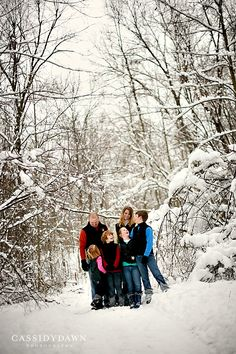 winter family photography with trees