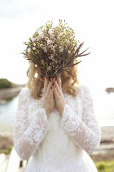{Wedding Trends} : Rustic Vintage Wedding Bouquets by Belle The Magazine