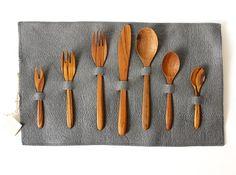 wooden utensil set?  yes please.