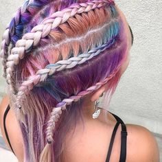 Beauty Discovery  Are you FOLLOWing @hellahotroots? If you aren't, head on over and give @hellahotroots a FOLLOW! #hotonbeauty #parloureleven . . . . . #festivalbraids #bohobraids #pastelhair