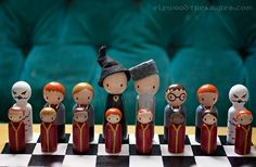 too cuteee, i want this chess set  , i even can't play chess