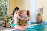 Piscina coperta con acqua termale  a 38°