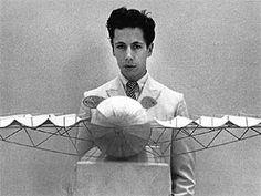Panamarenko | Anversa, 5 febbraio 1940 | Henri Van Herwegen, nome d'arte: Panamarenko | pittore, scultore e inventore belga.
