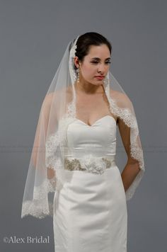 Mantilla bridal wedding veil ivory 50x50 fingertip by alexbridal