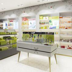 Beauty Bar in Manila by Blocher Blocher Partners