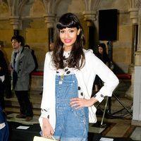 tendencia petos vaqueros: Jameela Jamil | Galería de fotos 4 de 18 | Vogue
