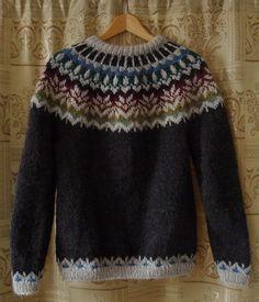 Irasis' Icelandic sweater - free pattern on Ravelry by Joy Dancey Knitting Patterns Free, Knit Patterns, Free Knitting, Ravelry Free Patterns, Sweater Patterns, Icelandic Sweaters, Fair Isle Knitting, Knit Or Crochet, Pulls