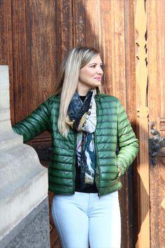 Beautiful jacket in green.