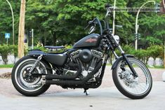 Harley Davidson News – Harley Davidson Bike Pics Motos Harley Davidson, Custom Bobber, Iron 883, Best Classic Cars, New Tricks, Cars And Motorcycles, Old School, Black Denim, Pictures