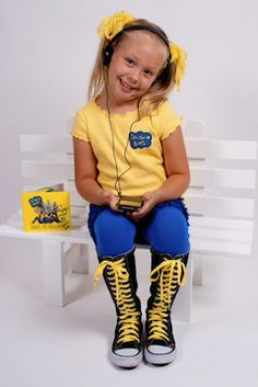 Yello and Blue from head to toe in SnB gear