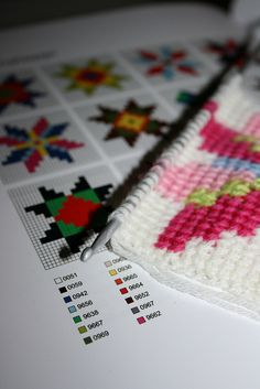 Beautiful tunisian crochet NEED to learn how to do this!! (good vid here http://www.youtube.com/watch?v=WbupvlYzq_U)
