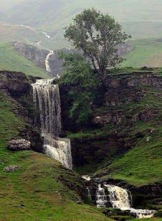 Cow Close Gill Waterfall near Skipton - North Yorkshire, England Yorkshire England, Yorkshire Dales, North Yorkshire, Skipton Yorkshire, Cornwall England, England Uk, London England, Beautiful Waterfalls, Beautiful Landscapes
