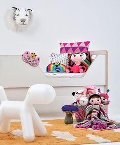 Decoração divertida e totalmente diferente de tudo o que existe por aí com um mix de produtos que você só encontra na Mimoo Toys´n Dolls! Foto: @sidney.doll.3  Produção: @meumini.mundo para @mimootoysndolls e @amomooui #decoration #boysroom #quartodemenina #home #quartodebebe #nursery #modern #beautiful #Metoodoll #decoraçãoinfantil