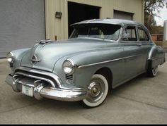 '51 Oldsmobile Rocket 88