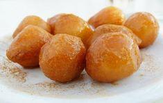 Λουκουμάδες νηστίσιμοι Greek Desserts, Pretzel Bites, Potatoes, Bread, Fruit, Vegetables, Food, Yoga Pants, Crochet Baby