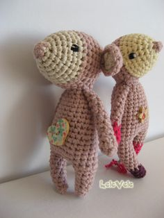 Sia&Mia  Made with love from: https://www.facebook.com/LeleVele-handmade-1939438202993288/