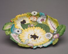 Chelsea Porcelain Factory (British), porcelain, Overall: 48.70 x 37.70 x 6.40 cm (19 1/8 x 14 13/16 x 2 1/2 inches). Purchase from the J. H. Wade Fund 2000.3