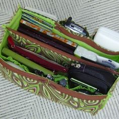 FREE patterns   Studio Kat Designs  mobile package into your bag