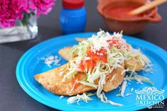 Easy and delicious Queso Fresco stuffed corn empanadas. Masa harina is used to make these golden and crispy turnovers, serve topped with shredded lettuce or cabbage and a fresh homemade salsa. Authentic Mexican Recipes, Spinach Recipes, Veggie Recipes, Mexican Food Recipes, Ethnic Recipes, African Recipes, Veggie Food, Pork Recipes, Mexican Cooking