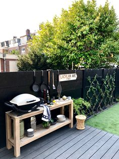 BBQ area / outdoor kitchen - whisperingbold interior design - BBQ area / outdoor kitchen No space for outdoor kitchen? Consider this idea! Outdoor Kitchen Bars, Outdoor Kitchen Design, Bbq Kitchen, Outdoor Bars, Outside Living, Outdoor Living, Gazebo, Pergola, Bbq Area