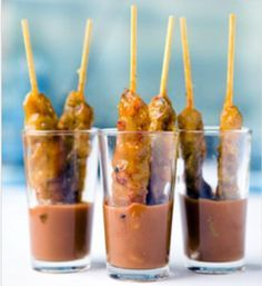 10 x tasty and easy to prepare Christmas snacks! Tapas Party, Snacks Für Party, I Love Food, Good Food, Yummy Food, Appetizer Recipes, Snack Recipes, Appetizers, Christmas Snacks