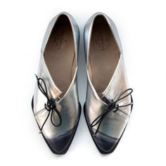 One of a kind! Silver oxford shoes by Liebling