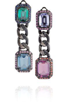 Nem sempre precisamos de uma jóia de verdade pra nos enfeitarmos e estarmos produzidas...  Olhem as coisas lindas que o Lanvin está fazendo! Bijouterias de alta qualidade e beleza!  AC                        &nbs
