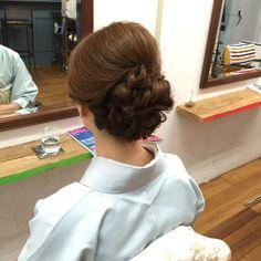 阪田充章 Evening Hairstyles, Bun Hairstyles, Wedding Hairstyles, Hair Arrange, Hair Setting, Cosplay Tutorial, Perm, Bridesmaid Hair, Kimono Fashion