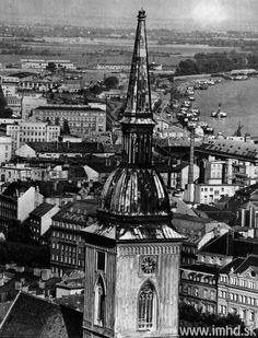 Bratislava | Staré fotky Bratislavy | Historical Photos - Page 52 - SkyscraperCity Bratislava, Historical Photos, Big Ben, Country, Building, Places, Travel, Retro, Historical Pictures